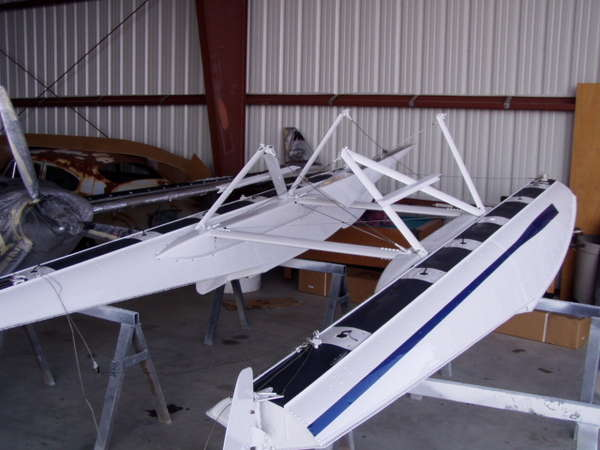 Aircraft Refinishing Examples :: Cessna 150 Texas Tail
